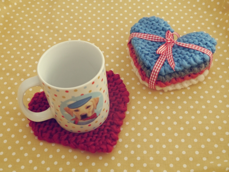 Knitted heart coasters