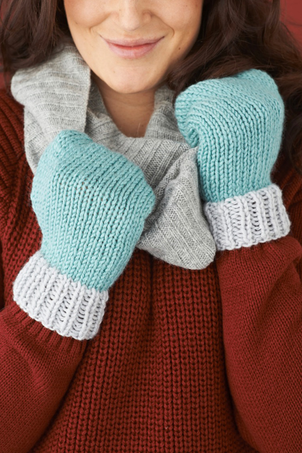 Simple-mittens-knitting-pattern-final2-Mollie-Makes