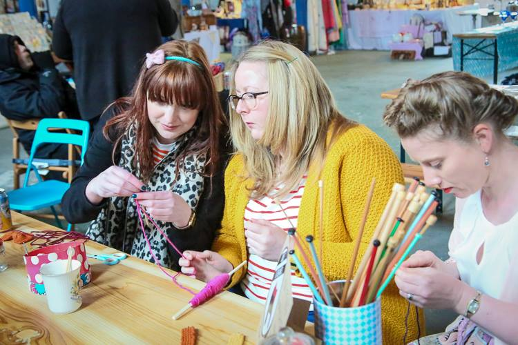 Knitting Workshop - Britain Does Vintage